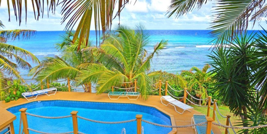 private villa balcony sea view beach pool wifi