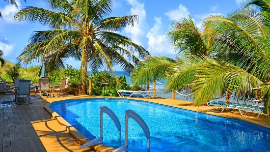 st croix hotels with a pool