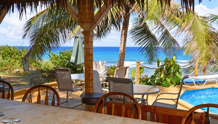 st croix small hotels seaview bar