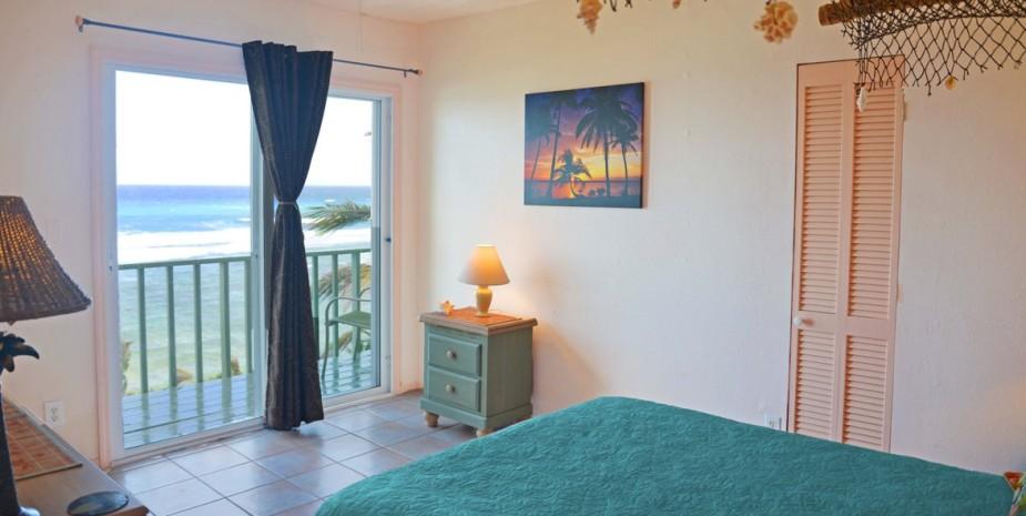 room balcony sea view ocean